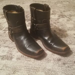 Womens pull on Distressed Frye Smith Harness Boot